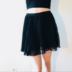 FRENCH CONNECTION MINI PLISSE PLEATED SKIRT CHIFFO